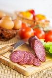 Pequeno almoço em tablecloth checkered Imagens de Stock