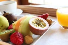 Pequeno almoço luxuoso da fruta Foto de Stock Royalty Free