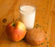 Pequeno almoço na exploração agrícola Imagem de Stock Royalty Free