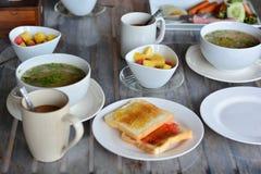 Pequeno almoço na tabela Fotos de Stock Royalty Free