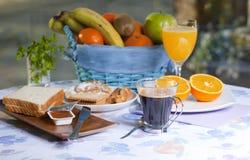 Pequeno almoço na tabela Imagem de Stock Royalty Free