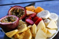 Pequeno almoço saudável - placa da fruta Foto de Stock Royalty Free