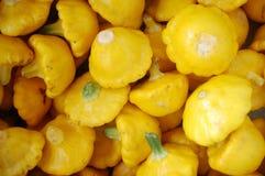 Pequeno bandeja amarela Foto de Stock Royalty Free
