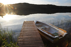 Pequeño barco de pesca Fotos de archivo libres de regalías