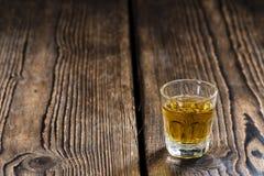 Pequeño tiro del whisky Imágenes de archivo libres de regalías