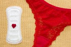 Período da menstruação Almofada menstrual sanitária Fotografia de Stock