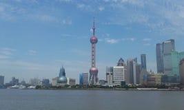 Perła ukierunkowywającej telewizi wierza Shanghai Pudong obraz stock