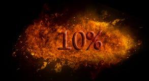 Per cento % di rosso 10 sull'esplosione della fiamma del fuoco, fondo nero Fotografia Stock