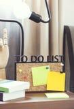 per fare il bordo delle liste con la nota in bianco Fotografie Stock