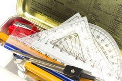 Per la matematica e contenitore di matita fisso di scienza Fotografie Stock Libere da Diritti