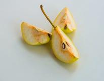 Pera cortada consideravelmente saboroso Foto de Stock