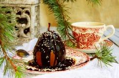 Pera da tavola di Natale con cioccolato Fotografie Stock Libere da Diritti