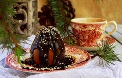 Pera de sobremesa do Natal com chocolate imagem de stock royalty free