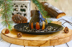 Pera de sobremesa do Natal com chocolate fotos de stock