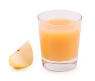 Pera della bevanda e una pera matura sopra Fotografia Stock
