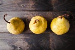 Peras amarelas frescas Fotografia de Stock Royalty Free