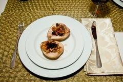 Peras asadas con queso verde Foto de archivo libre de regalías