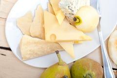 Peras e queijo frescos Imagem de Stock