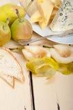Peras y queso frescos Foto de archivo libre de regalías