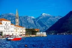 Perast stad i den Kotor fjärden Arkivfoto