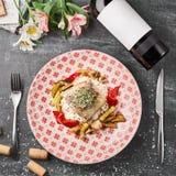 Perca asada de la perca de Pike con las verduras y el risotto del arroz Foto de archivo libre de regalías