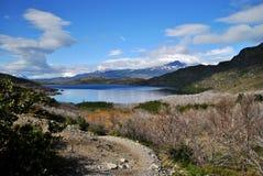 Percorso al lago Fotografia Stock Libera da Diritti