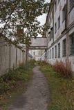 Percorso al portone della prigione Fotografia Stock