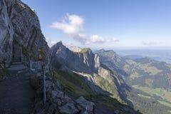 Percorso circostante della passeggiata di Pilatus del supporto, Svizzera Fotografie Stock