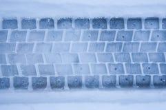 Percorso della gomma in neve Fotografia Stock Libera da Diritti