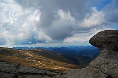 Percorso della montagna in montagne di Bucegi Fotografia Stock Libera da Diritti