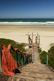 Percorso di legno alla spiaggia Fotografie Stock Libere da Diritti