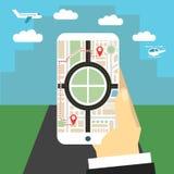 Percorso di navigazione La mano tiene lo smartphone Immagine Stock Libera da Diritti