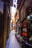 Percorso a Khan el-Khalili Bazaar, Cairo nell'egitto immagini stock