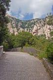 Percorso nel monastero del Montserrat Fotografia Stock Libera da Diritti