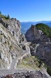 Percorso nelle montagne Immagine Stock
