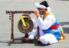 Percussionist of Asiatic Folkloric group, Nice, France royalty free stock photos