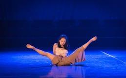 Perdre-acte 2 : Pays des merveilles relation-moderne de danse de triangle images libres de droits