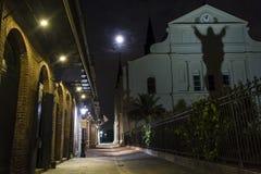 Pere Antoine Alley Full Moon royaltyfria foton