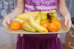 Pere e mandarini delle banane Immagine Stock