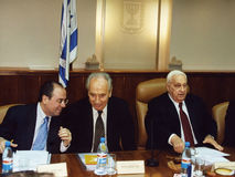 Shimon Peres in Cabinet Meeting with Ariel Sharon Stock Photos