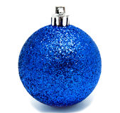 Perfec bożych narodzeń błękitna piłka odizolowywająca Obraz Stock