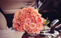 Perfect bouquet of bouquet of fresh cut roses Royalty Free Stock Photography