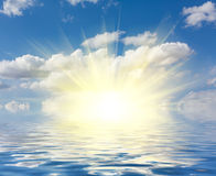 Perfect sky and water of ocean Royalty Free Stock Photos