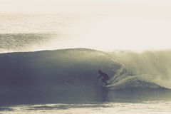 Perfect surfing fala Obrazy Royalty Free