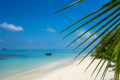 Perfect tropical island paradise beach Royalty Free Stock Photos