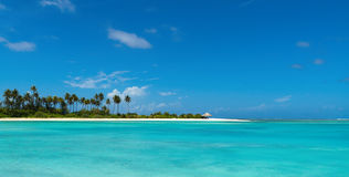 Perfect tropical island paradise beach.  Royalty Free Stock Photos