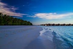 Perfect Tropisch Eiland, de Maldiven stock foto