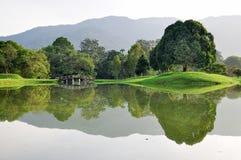 Perfecte bezinning bij Meer Taiping Royalty-vrije Stock Afbeelding