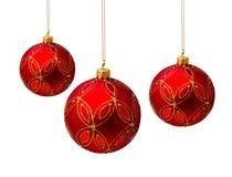 Perfecte rode die Kerstmisballen op wit worden geïsoleerd Royalty-vrije Stock Foto's