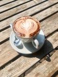Perfekt cappuccino Fotografering för Bildbyråer